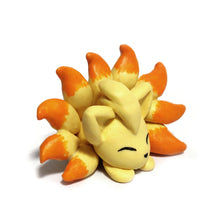 Load image into Gallery viewer, Ninetales Figurine