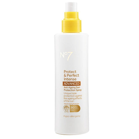 بخاخ الحماية من الشمس Protect & Perfect Intense ADVANCED Anti-Ageing SPF 30 من No7 - سعة 200 مل