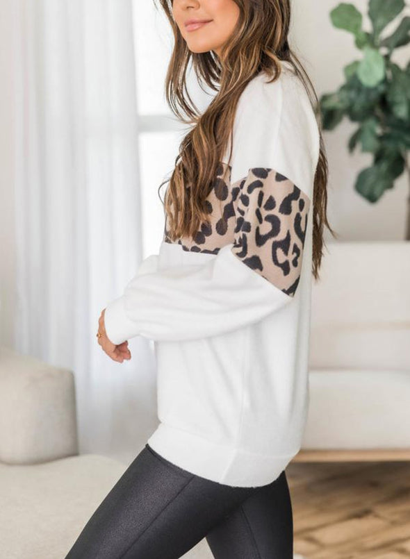 Living Lazy Animal Print 	Casual Sweatshirt