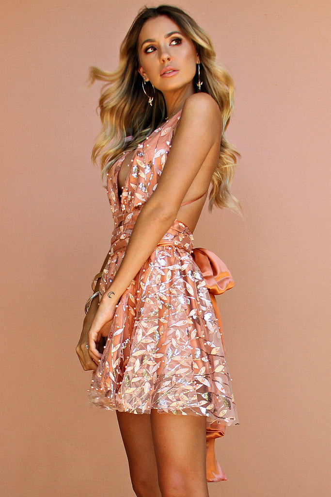 EMBELLISHED FLORA PEACH SILK - MINI DRESS