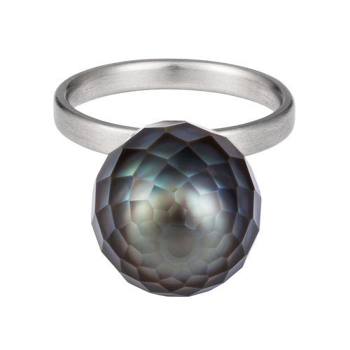 FACETED PEARL BALOON RING