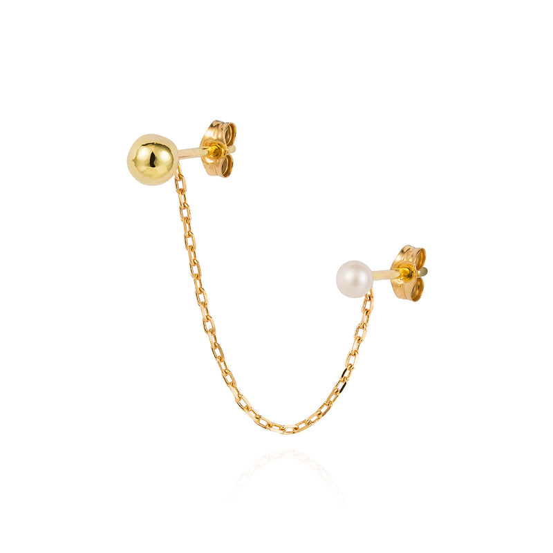 GOLDEN BALL AND PEARL DOUBLE STUD