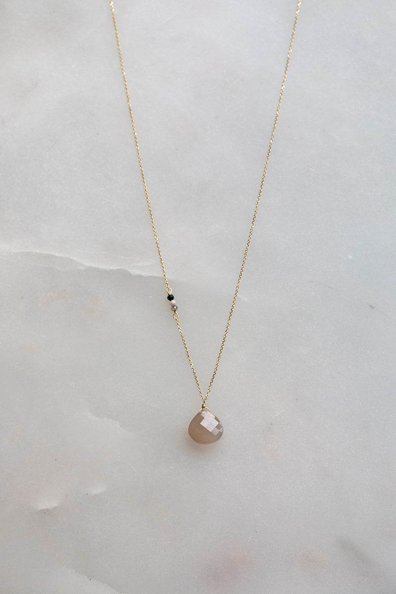 Sale Snowy Saugerties Necklace With Grey Moonstone Drop