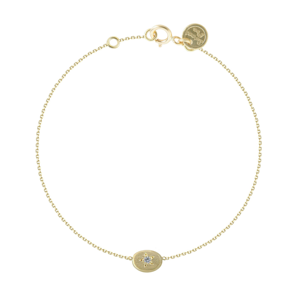 18CT GOLD BRACELET WITH STAR SET OVAL