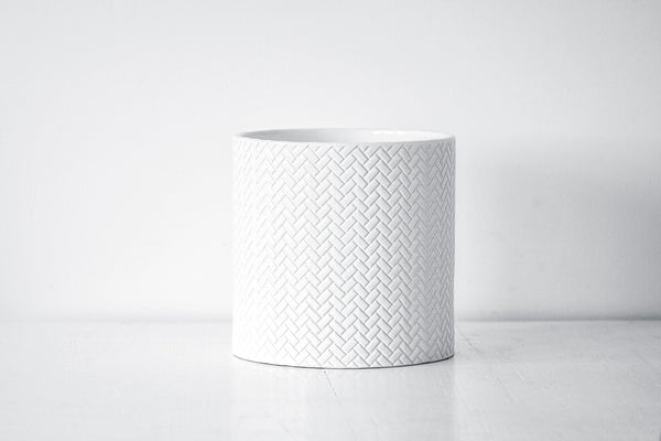 "10"" White Ceramic Pot"