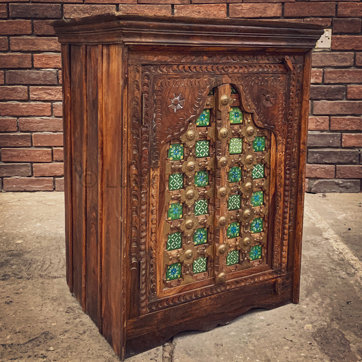 Vintage Green Mosaic Sidetable with carving   lucky-furniture-handicrafts.