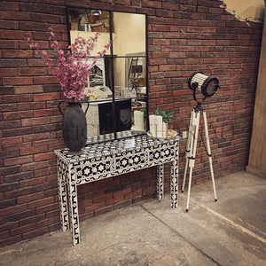 Celestial Black and white bone inlay console   lucky-furniture-handicrafts.
