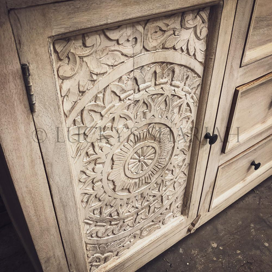 Carved 3 draw 2 door sideboard 2 tone   lucky-furniture-handicrafts.