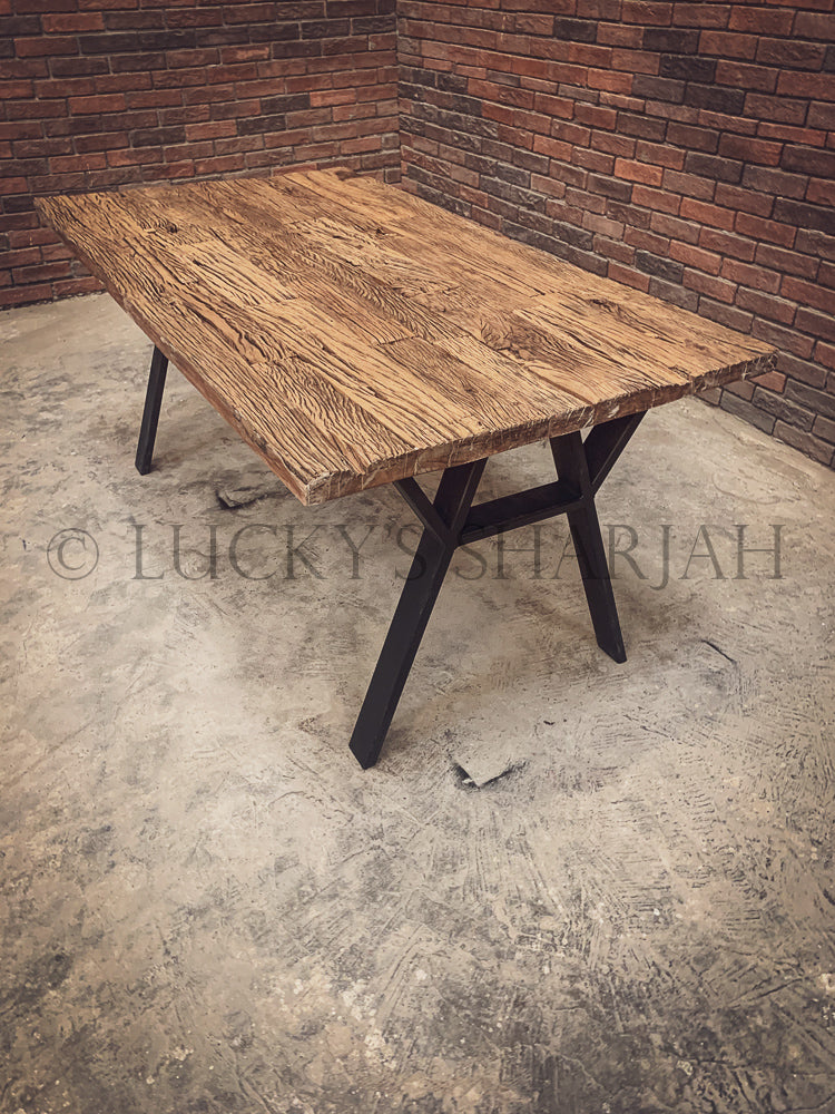 Railway Sleeper dining table Y Legs   lucky-furniture-handicrafts.