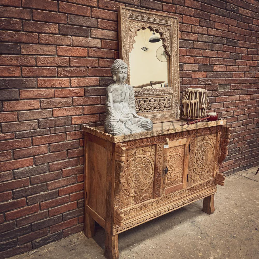 Carved dowry chest Mango wood   lucky-furniture-handicrafts.