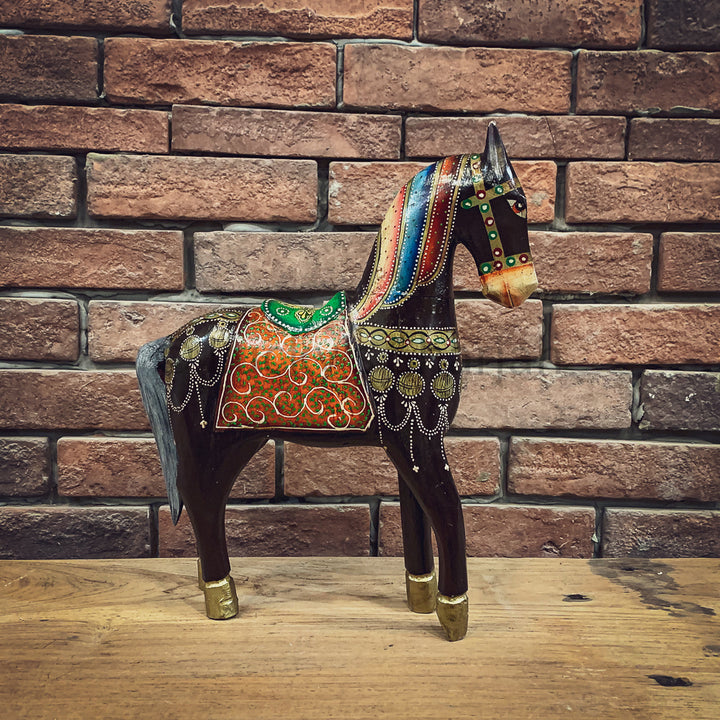 Handpainted horse   lucky-furniture-handicrafts.