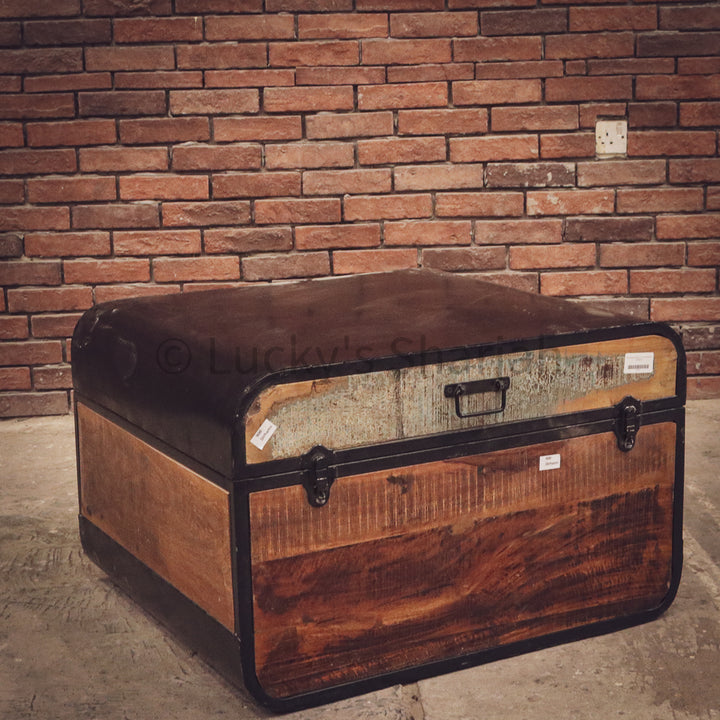 "Recycled wood ""suitcase"" box   lucky-furniture-handicrafts."