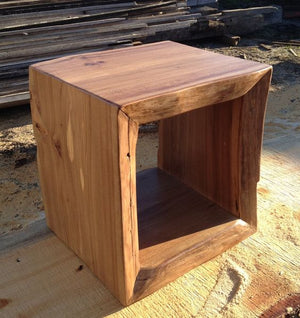 Live Edge Cube  simple lucky-furniture-handicrafts.