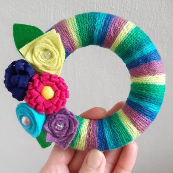 Mini Felt Floral Wreath Kit