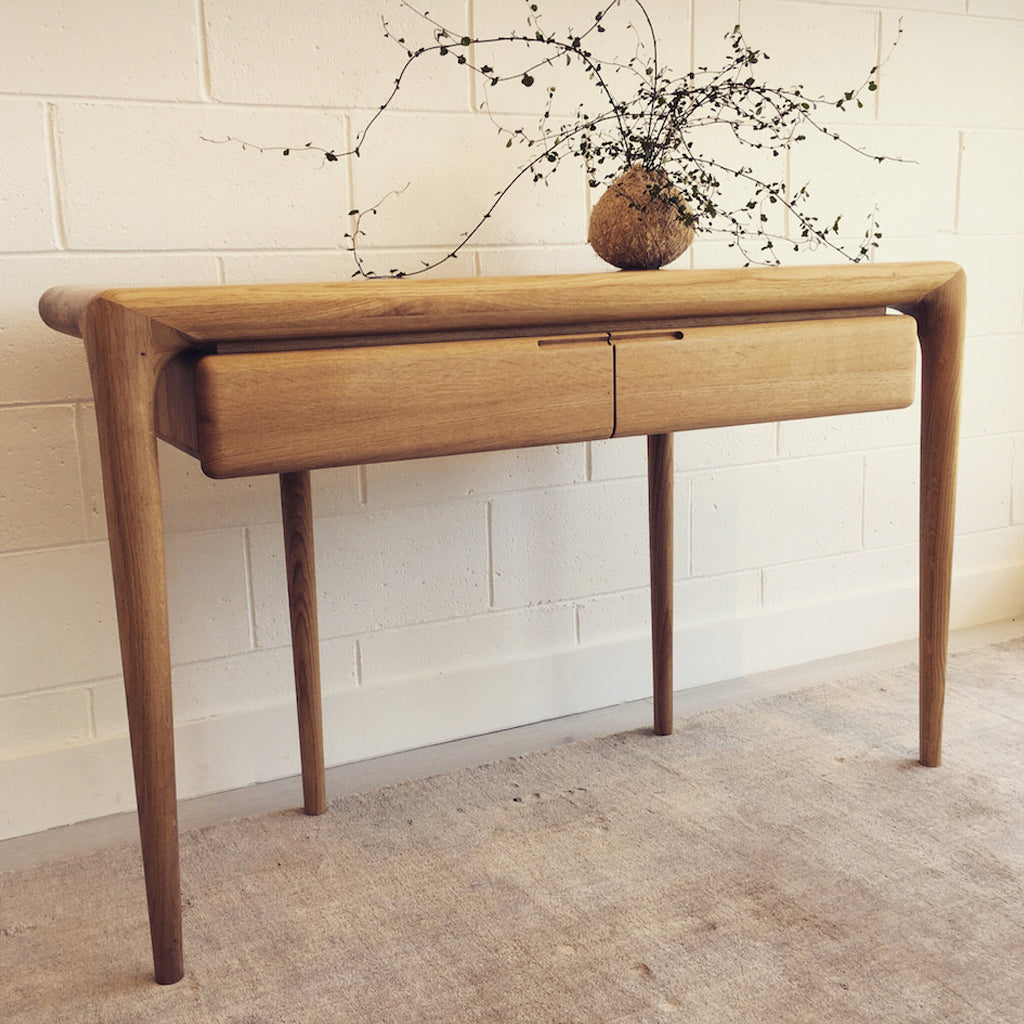 CONSOLE - Latus by Artisan