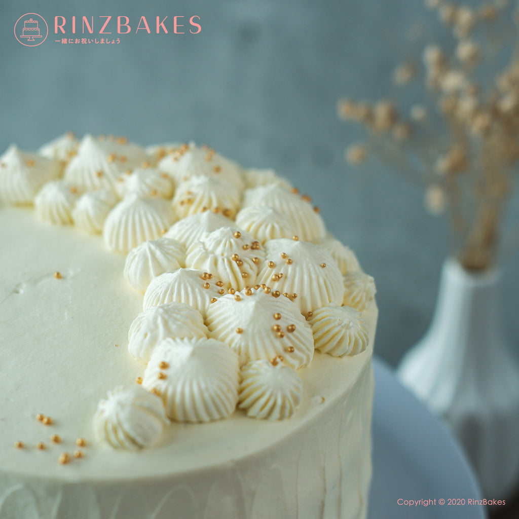 RinzBakes | Organic Musang King Durian Cake | Vanilla chiffon | organic musang king durian flesh | Chantilly cream | gold sprinkle | Birthday Celebration | Gathering | Delivery within Klang Valley (Kuala Lumpur & Selangor) |