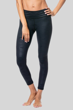 Rockell 7/8 Length Legging, Black Camo Brushed | Vie Active