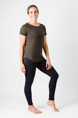 Merino Luxe Teresa Tee, Heather Charcoal | Vie Active
