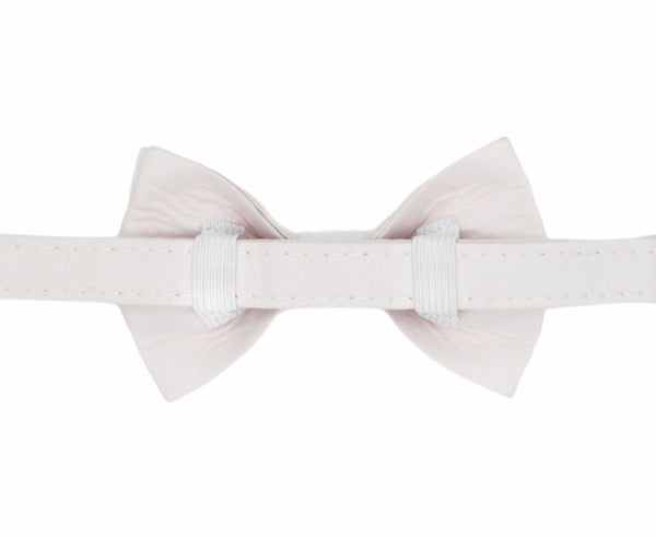 Off White Dog Bow Tie Collar