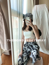 Load image into Gallery viewer, Tiffy Tiedye Pants (Black) - themondaygetaway.