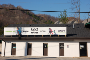 Storefront of Rick's Pro Ski Shop in The Blue Mountains