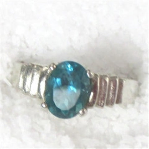 Apatite right hand ring sterling silver Classic beauty