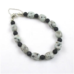 Gemstone bracelet in black onyx and kiwi jasper gemstones