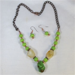 Unique Green turquoise & copper necklace that is affordable