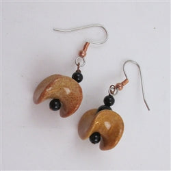 Fly Boat Kazuri Earring in golden brown and onyx