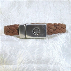 Classic man's leather bracelet in brown braided leather