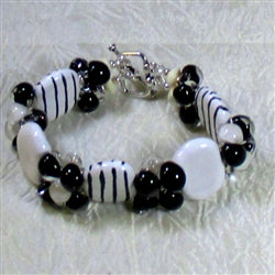 Buy back & white fair trade Kazuri bead bracelet