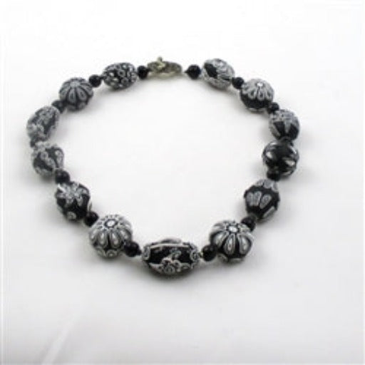 Buy black & white fair trade Samunnat handmade necklace online