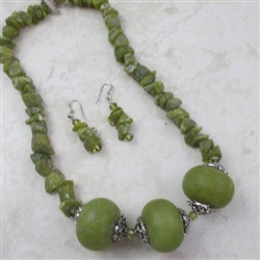 Best Buy in a Large Bead Jade Necklace