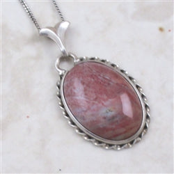 Quartz Gemstone Pendant Necklace