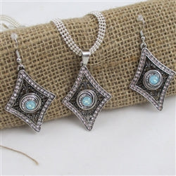 Designer's choice aqua crystal & rhinestone silver pendant necklace & matching earrings