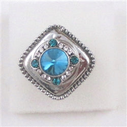 Delightful rhinestone silver fashion ring