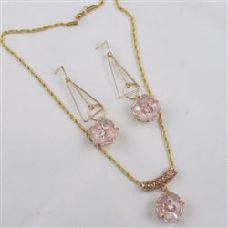 Designer's choice gold & pink flower pendant necklace & matching earrings