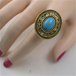 Delightful fun big turquoise gold ring