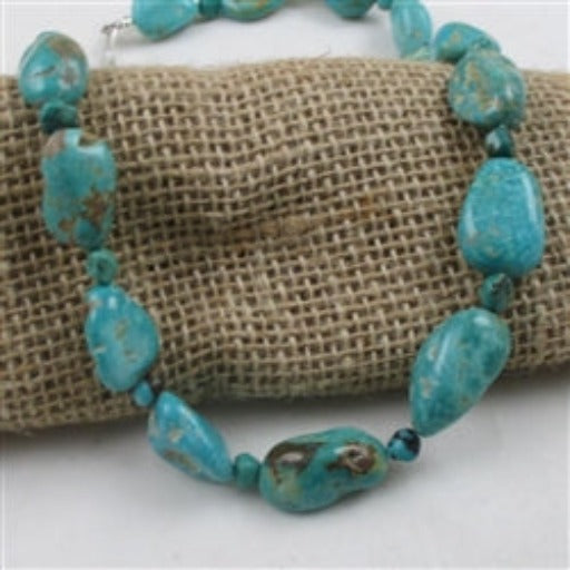 Classic teal Kingman turquoise nugget necklace