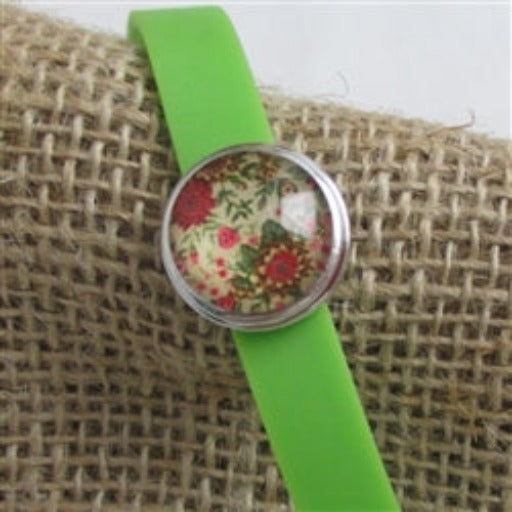 Kid's green bracelet with cute accent