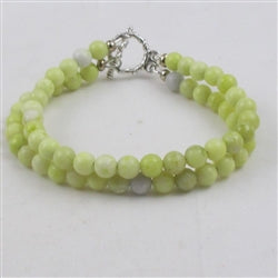 Gemstone bracelet in serpentine is a classic