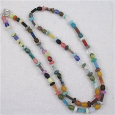 Unqie mixture og matte finished rainbow natural gemstone necklace