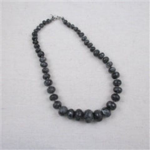 Classic graduated faceted gray emstone necklace