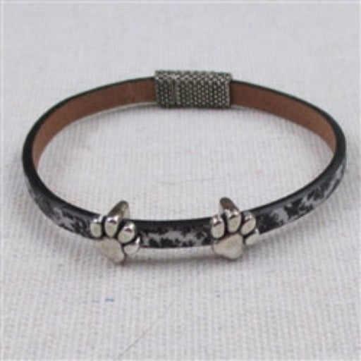 Child's leather bracelet with cat paws