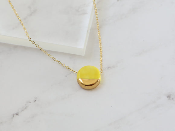 Porcelain and Gold Yellow Circular Necklace