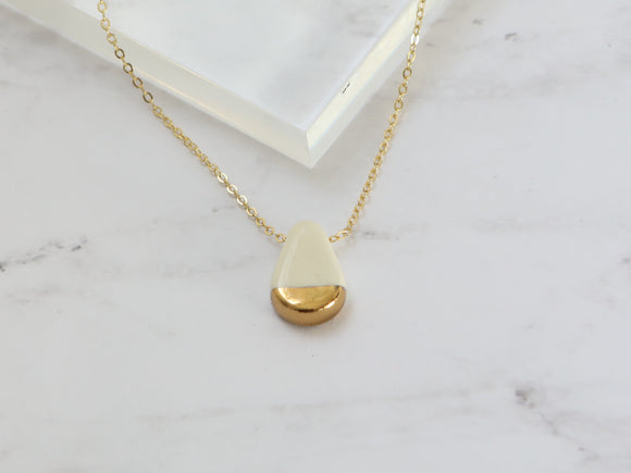 Porcelain and Gold Teardrop White Necklace