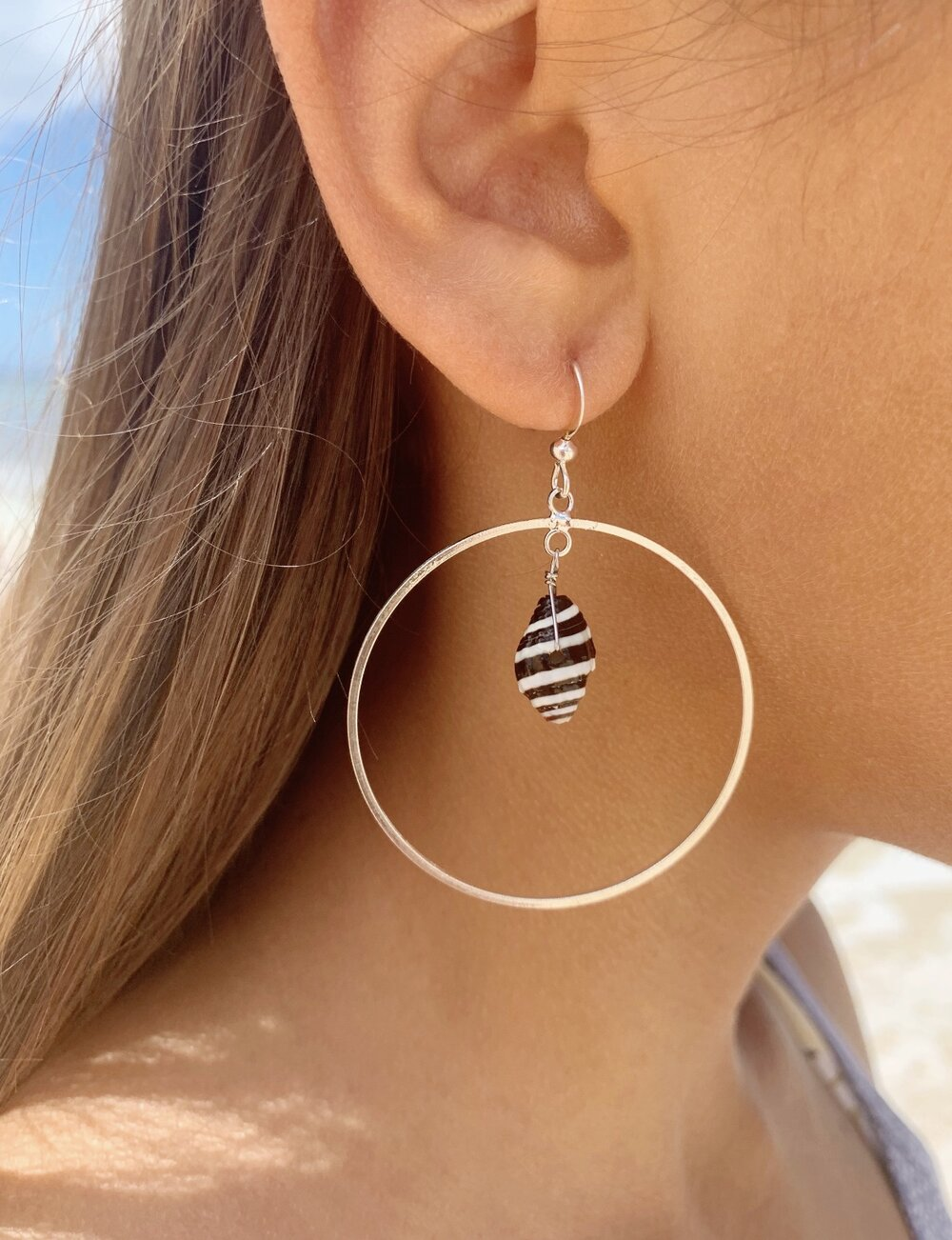 B+W Cone Shell Hoop earrings