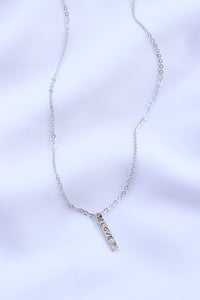 Love(heart) Vertical Bar necklace