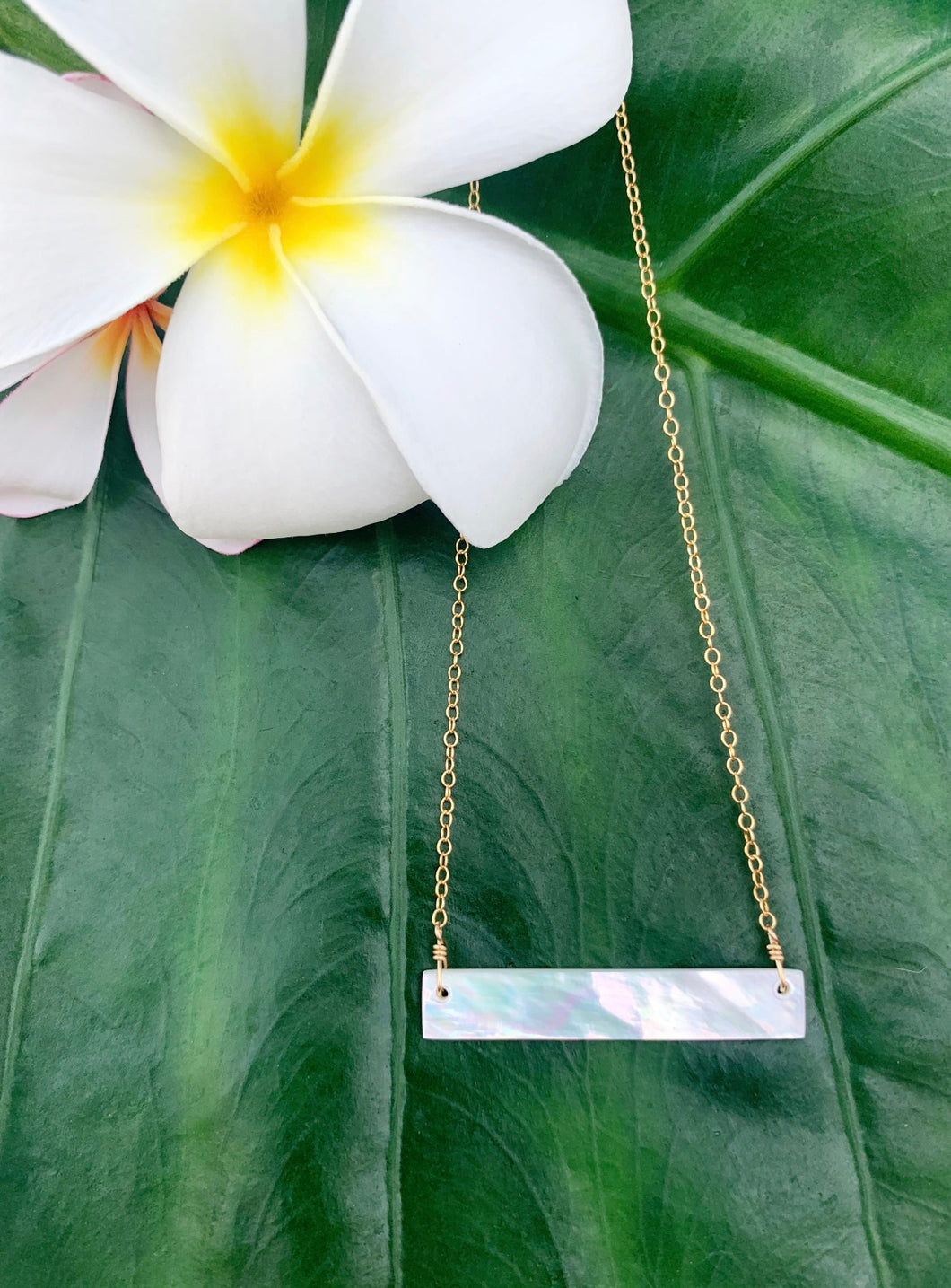Siargao Mother-of-Pearl Bar necklace