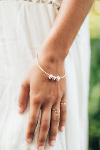 Tri-Puka Shell bangle